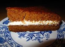 Mrkvový dort s oříšky recept
