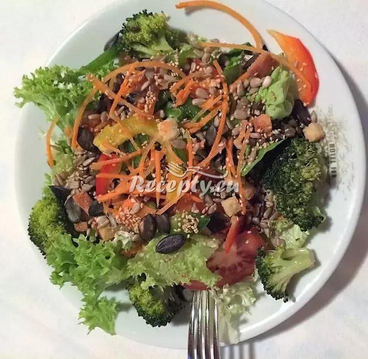 Neapolský salát recept  saláty