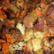 Růžičková kapusta s bramborem a vepřovým masem recept  Vareni ...