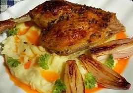 Kachní stehna se šalotkami recept