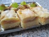 Jablečné řezy s pudinkem recept