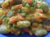 Špenátové noky se zeleninou a dýňovou omáčkou recept ...