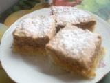 Jablkový koláč s ořechovým piškotem recept