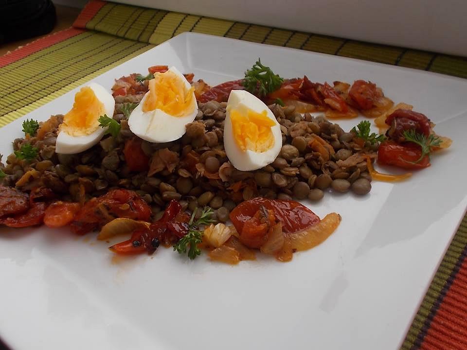 Čočka s vejci a zeleninou recept
