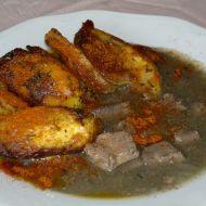 Vepřová játra s cibulí a česnekem recept