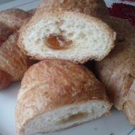 Kynutý croissant s marmeládou recept