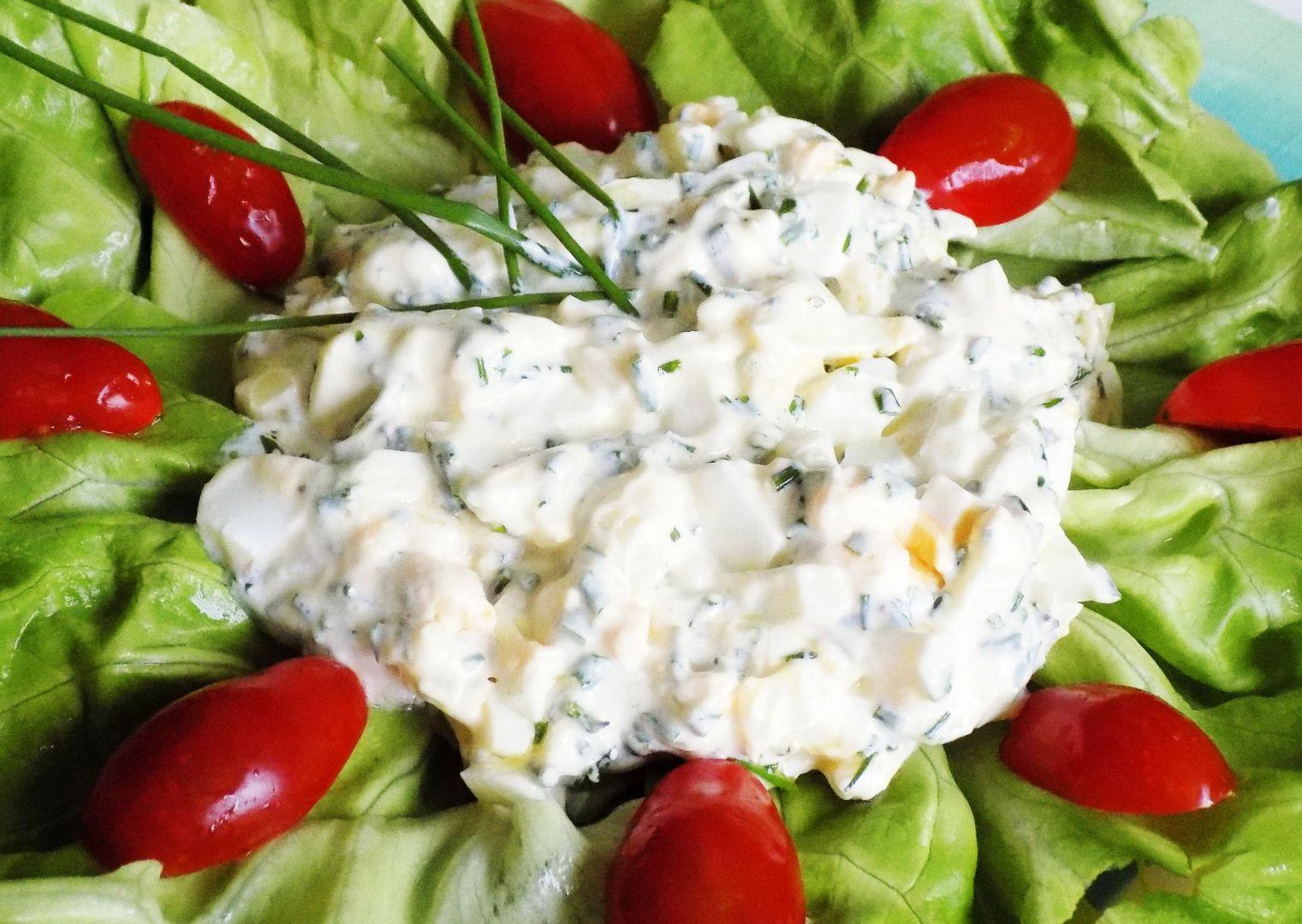 Salát z vajec a cibule recept