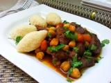 Hovězí s kořenovou zeleninou a cizrnou recept