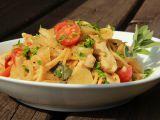 Špagety s fenyklem, kuřecím masem a ančovičkami recept ...
