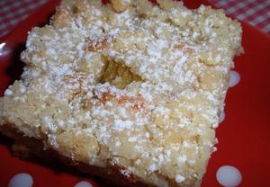 Šlehačkový koláč s rebarborou