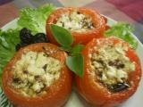 Pečená plněná rajčata fetou a olivami recept