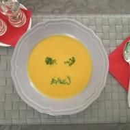 Mrkvová polévka s kari recept
