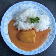 Plněné papriky s rajskou omáčkou a rýží recept