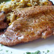 Pálivé krůtí řízky na slanině recept