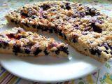 Křehký koláč s ovocem a mandlemi recept