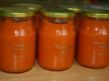 Meruňková marmeláda z domácí pekárny