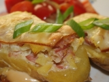 Brambory plněné slaninovou směsí recept