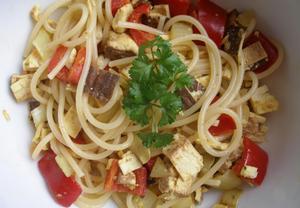 Špagety se šmakounem a s hořčicí