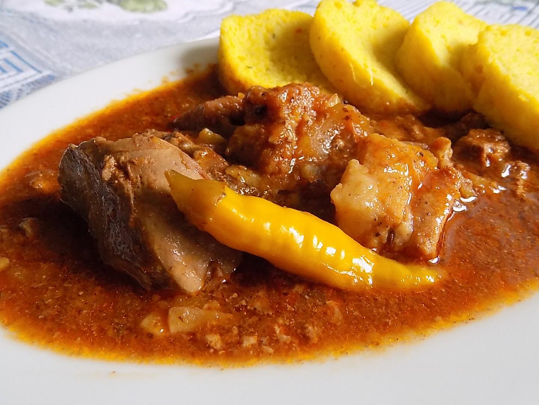 Slovácký guláš s játry recept
