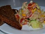 Tuňákový zdravý salát recept