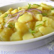 Německý bramborový salát s cibulí recept