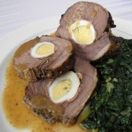 Hovězí roláda plněná vejci recept