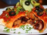 Enchilada s vepřovým masem a červenými fazolemi recept ...