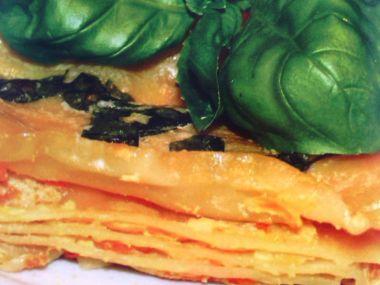 Lasagne s cuketovou omáčkou a bazalkou