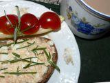 Vaječná pomazánka s metským salámem a sýrem recept ...
