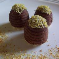 Vosí hnízda sypaná kokosem recept