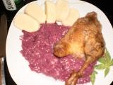 Husička ála kachnička, s červeným zelím s brusinkami a domácím ...
