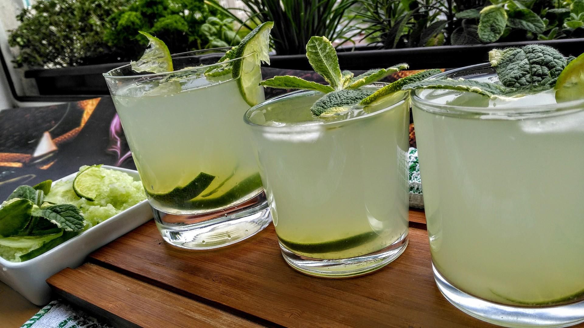 Okurkovo-limetková limonáda recept