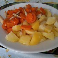 Dušená mrkev s kuřecím masem recept