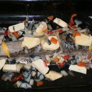 Pečená štika na másle s houbami recept