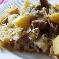 Vepřové se zelím a bramborem recept