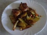 Pečené kuřecí maso se zeleninou a brambory recept