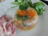 Mini huspenina z pomalého hrnce s cibulovým salátem recept ...