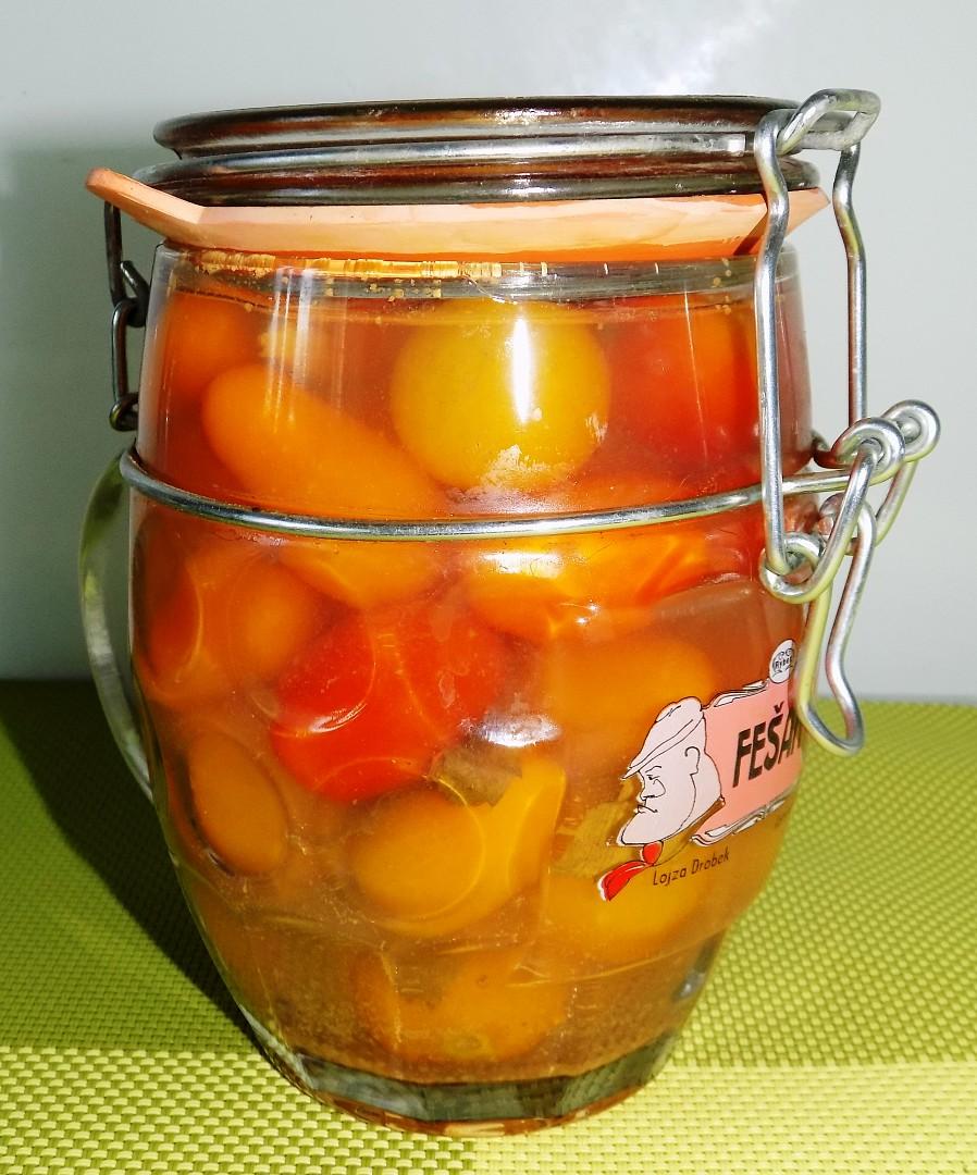 Kořeněná třešňová rajčata recept