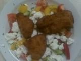 Zeleninový salát s vepřovými řízečky a sýrem Feta recept ...