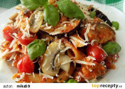 Těstoviny s lilkem, rajčaty a žampiony recept