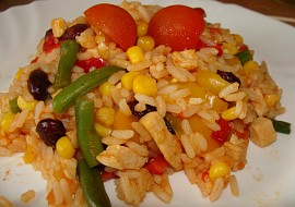 Kuřecí kousky s rýží a zeleninou recept