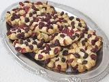 K odpolednímu kafíčku Sušenky s bílou čokoládou a brusinkami ...
