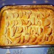 Jablkový koláč se smetanovým přelivem recept