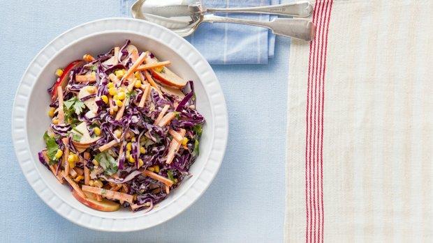 Zeleninový salát s curry pastou