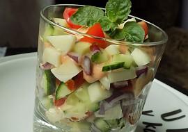 Míchaný salát s mátou recept