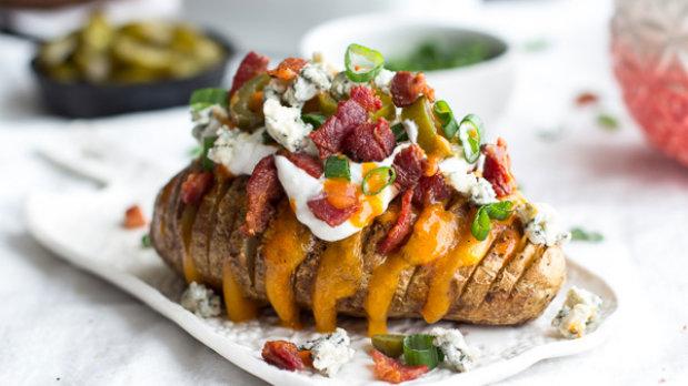 Plněné brambory Hasselback