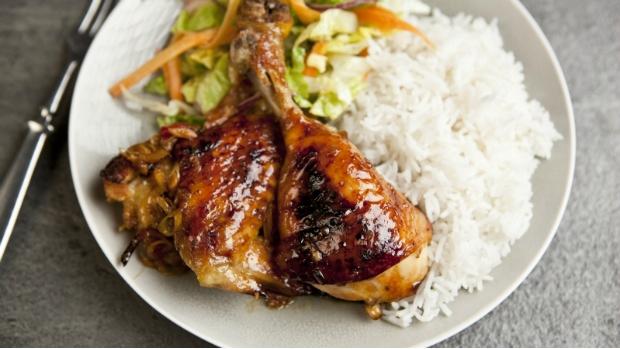 Kuře s limetkou, česnekem a citronovou trávou