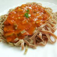 Rajčatová omáčka s cuketou na těstoviny recept