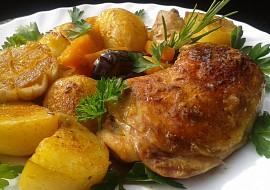 Kuře pečené s dýní a novými bramborami recept