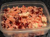 Červená řepa s kuřecím masem, česnekem a kuskusem recept ...